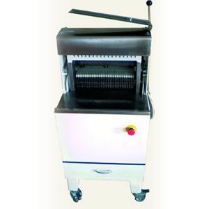 Masina semi automata de feliat paine, 300 paini/h